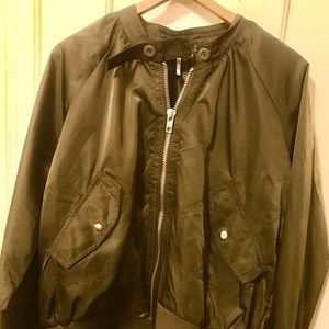 Free People Army Green Puffer/Bomber Coat